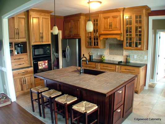 Old World Kitchens | Edgewood Cabinetry