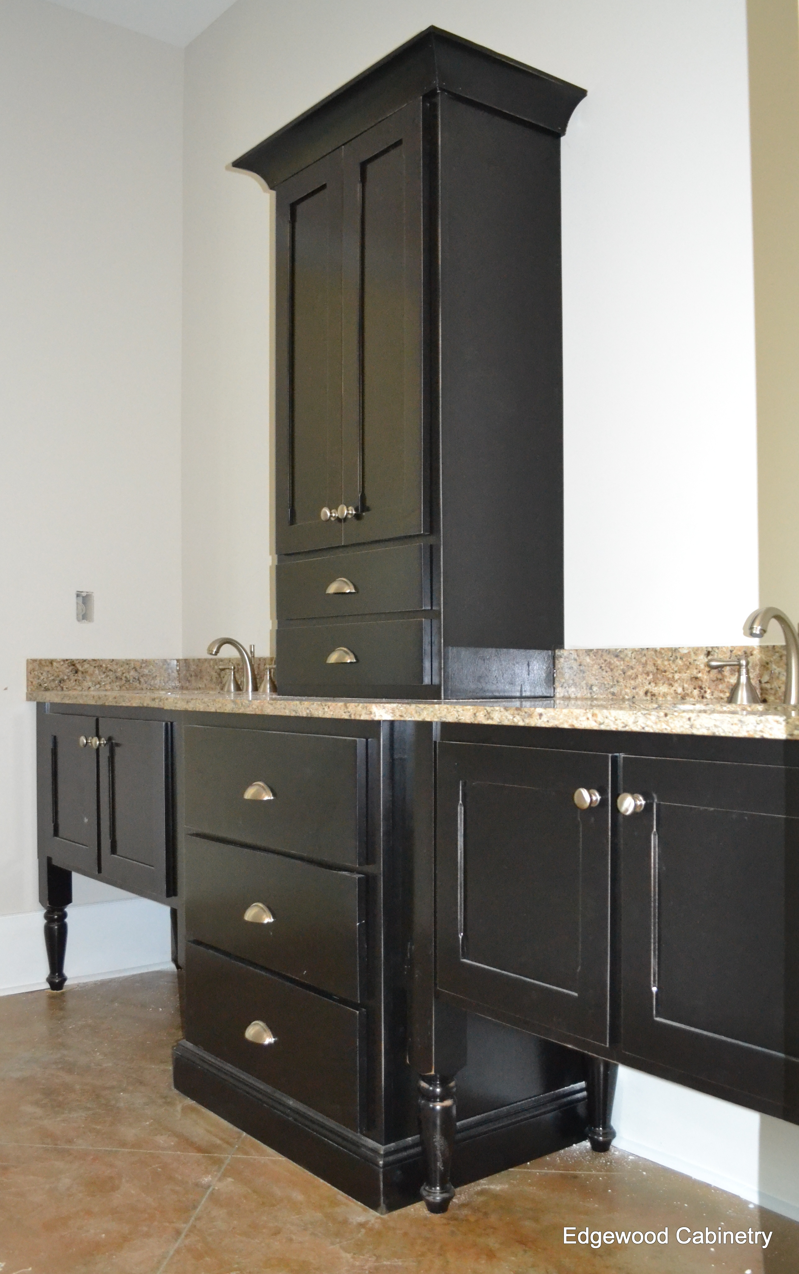 bathroom remodel-edgewoodcabinetry