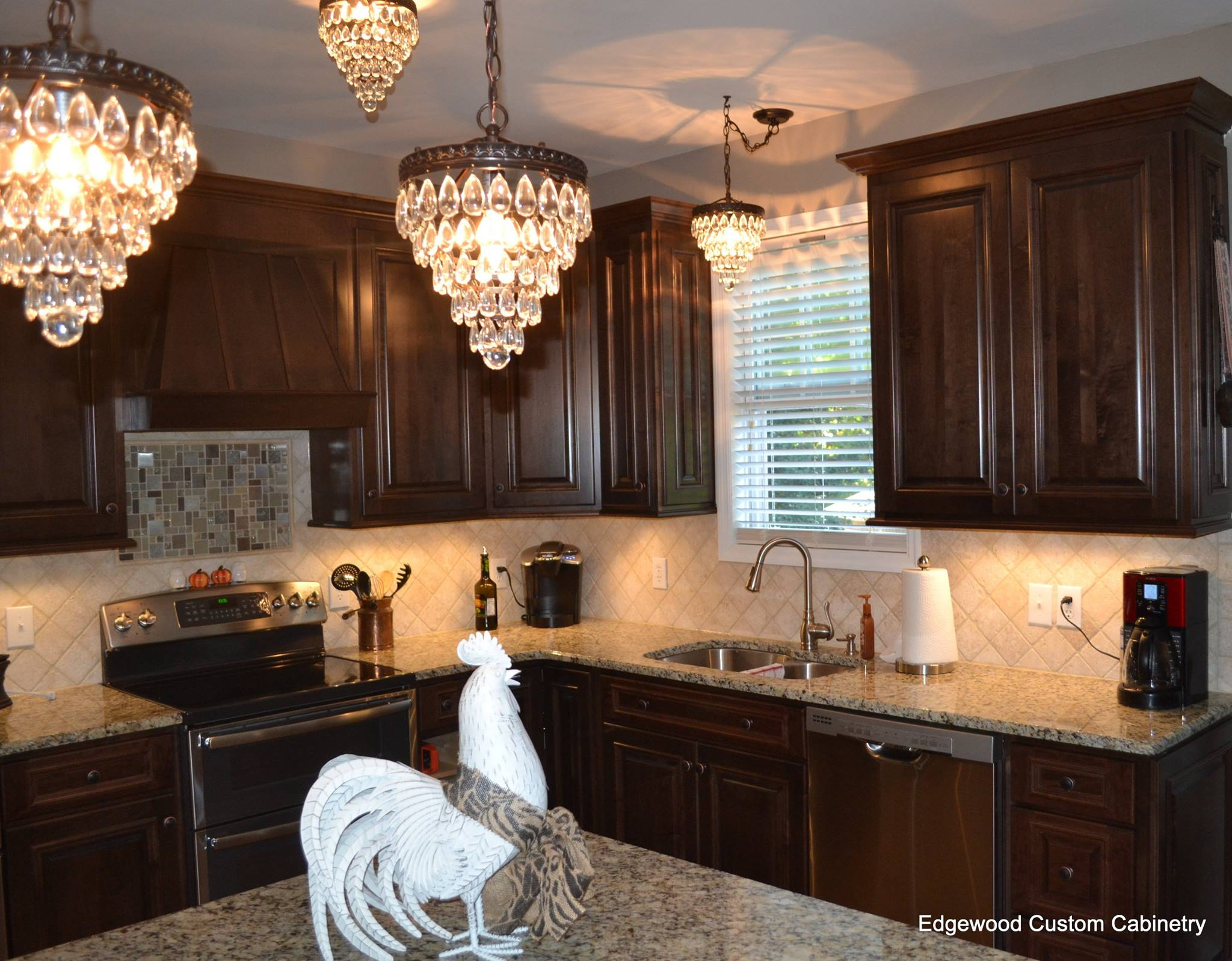 kitchen design showroom-edgewood cabinetry