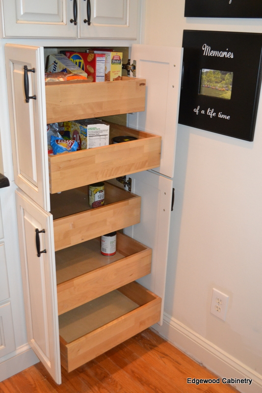 pull outs pantry-edgewood cabinetry