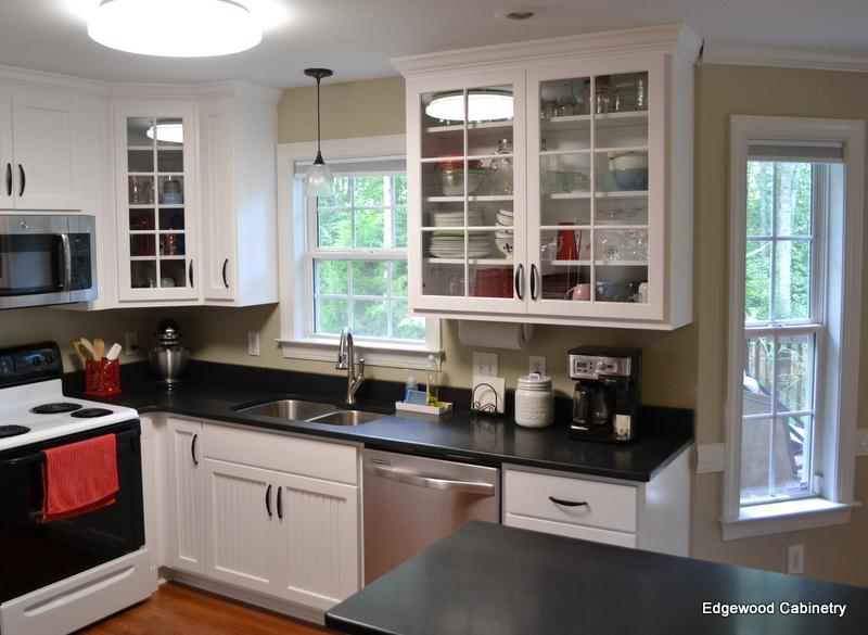 glass cabinet doors-edgewood cabinetry