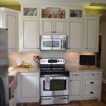 undercabinet lighting-edgewood cabinetry