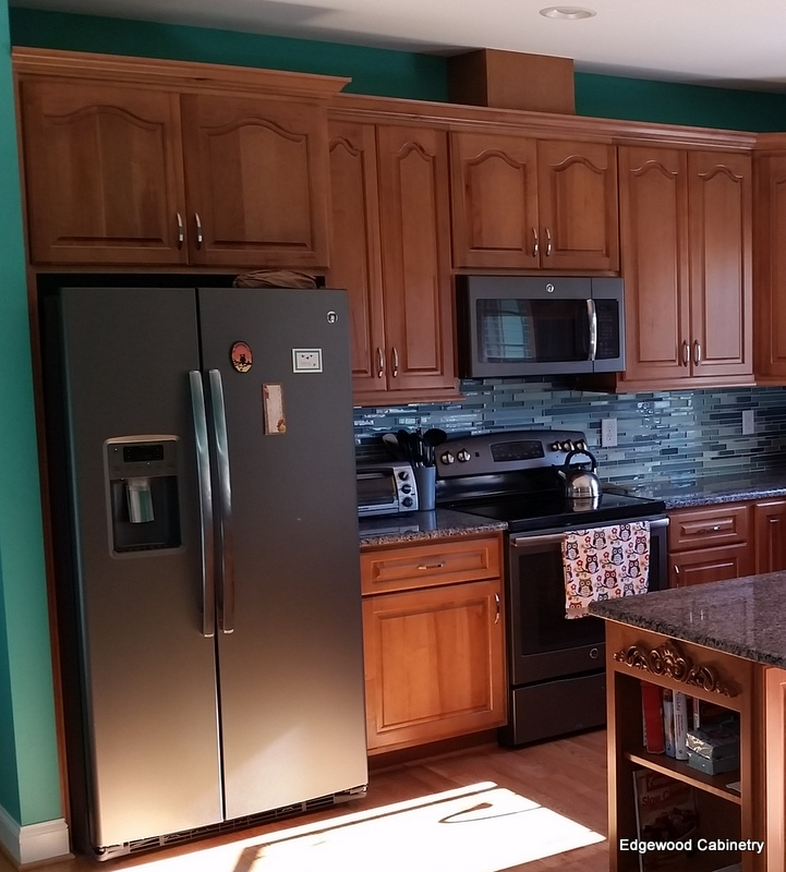 appliance placement-edgewood cabinetry