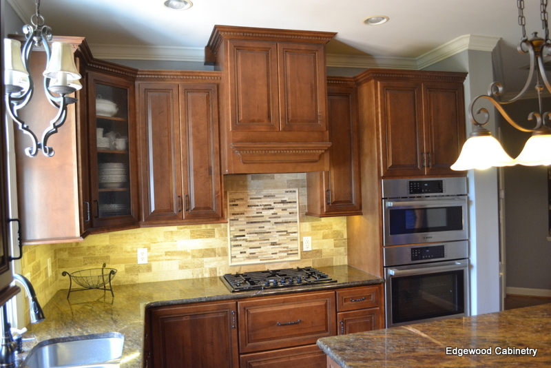 adding a range hood-edgewood cabinetry