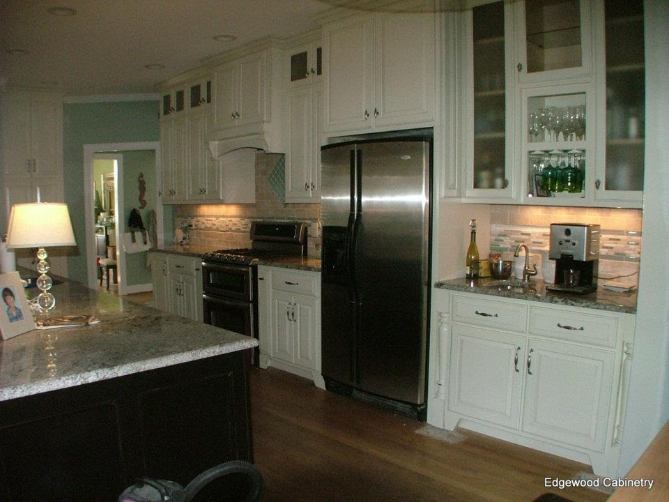 work stations-edgewood cabinetry-Clayton nc