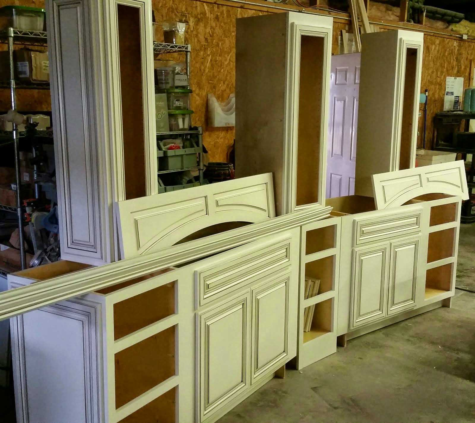 Why YOU Need Custom Mudroom Cabinets!