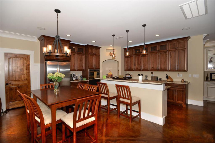Two Toned Kitchen Edgewood Custom Cabinetry Clayton Nc