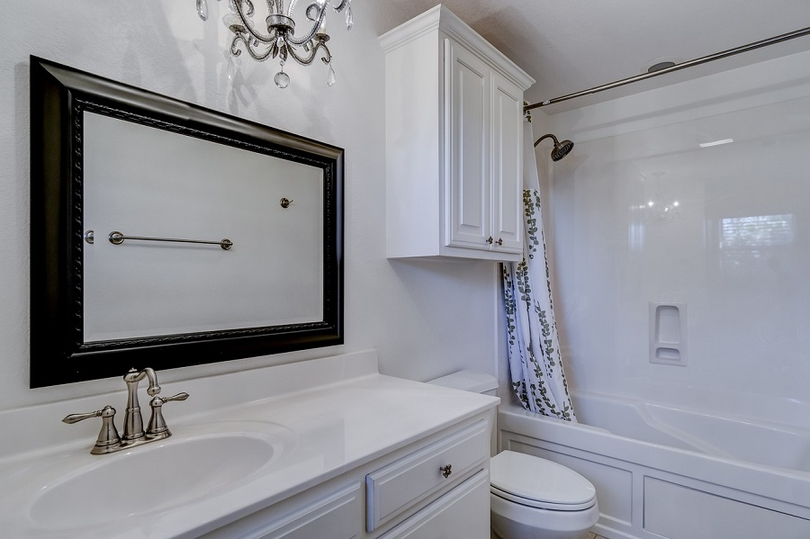 9 Trending Styles In Bathroom Cabinets
