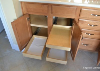 Bathroom pull out storage