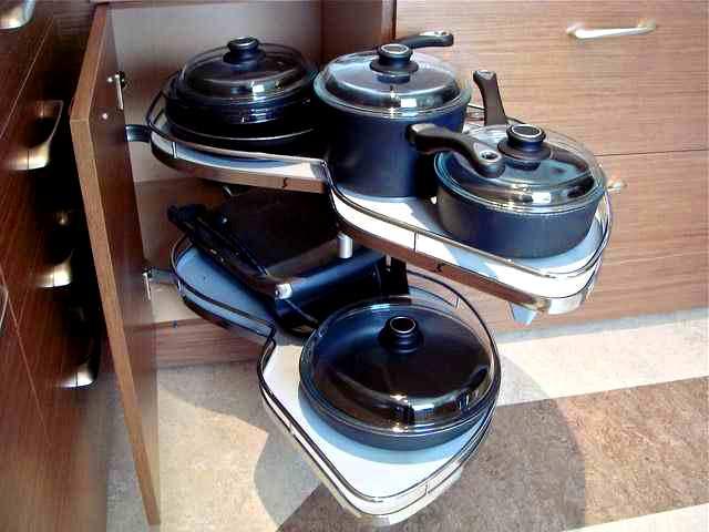 kitchen cabinet storage accessories