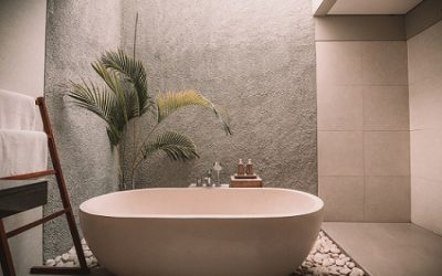 The Most Amazing Bathtubs That Are Not Spa Baths